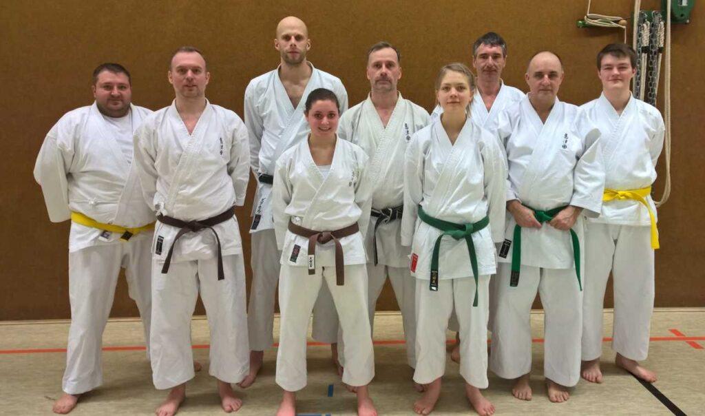 Am Samstag und Sonntag nahmen neun Karateka des TVE Greven am Lehrgang  mit dem Bundestrainer Nagai Shihan in Bad Oeynhausen teil.